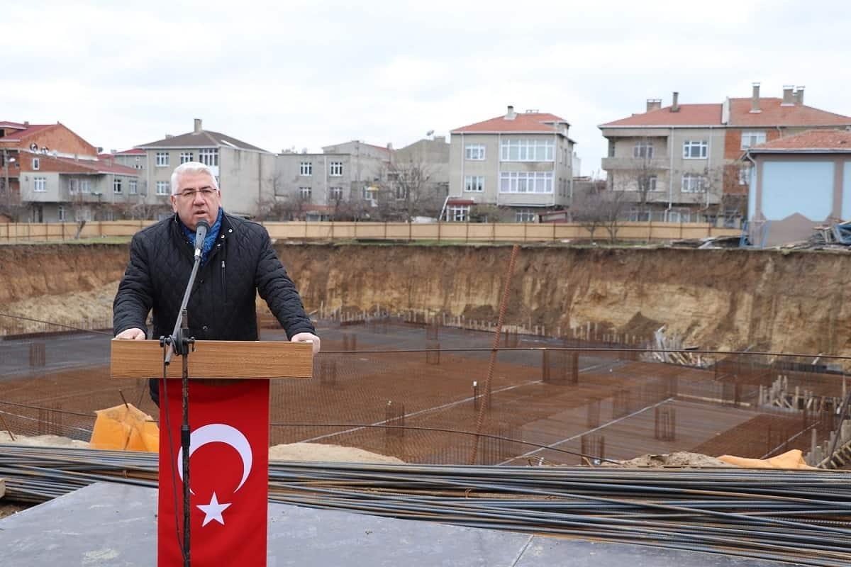 Hoca Ahmet Yesevi Camii'nin ilk temelli atıldı.