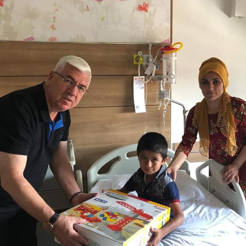 Ergene Belediye Başkanı Rasim Yüksel Sünnet Çocuklarını Ziyaret Etti